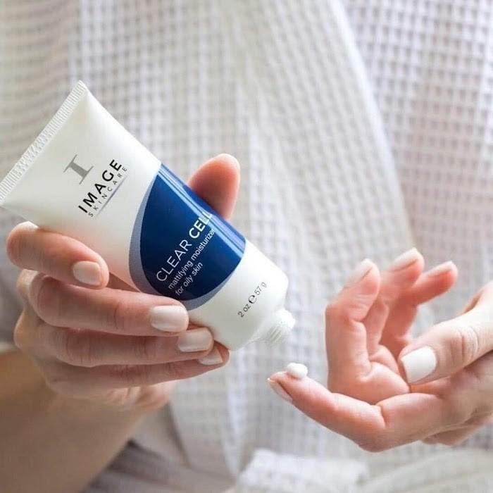 Kem dưỡng Clear Cell tái tạo da