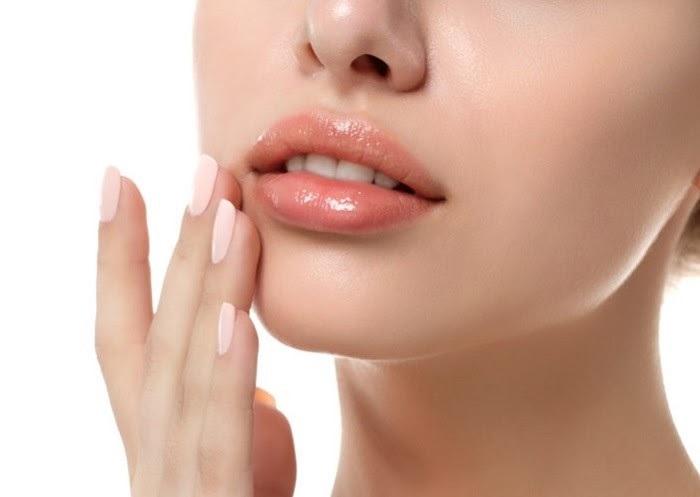 chăm sóc môi mỗi ngày, để đôi môi căng mọng
