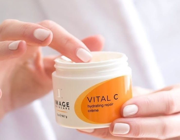 Kem dưỡng Vital C Hydrating Repair Creme
